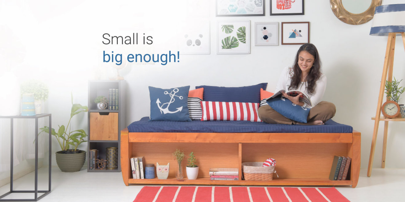 How to decorate small living room