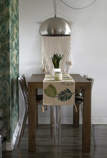 Breakfast Nook- Textured Nook