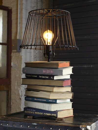 How to decorate with books- Table Lamps